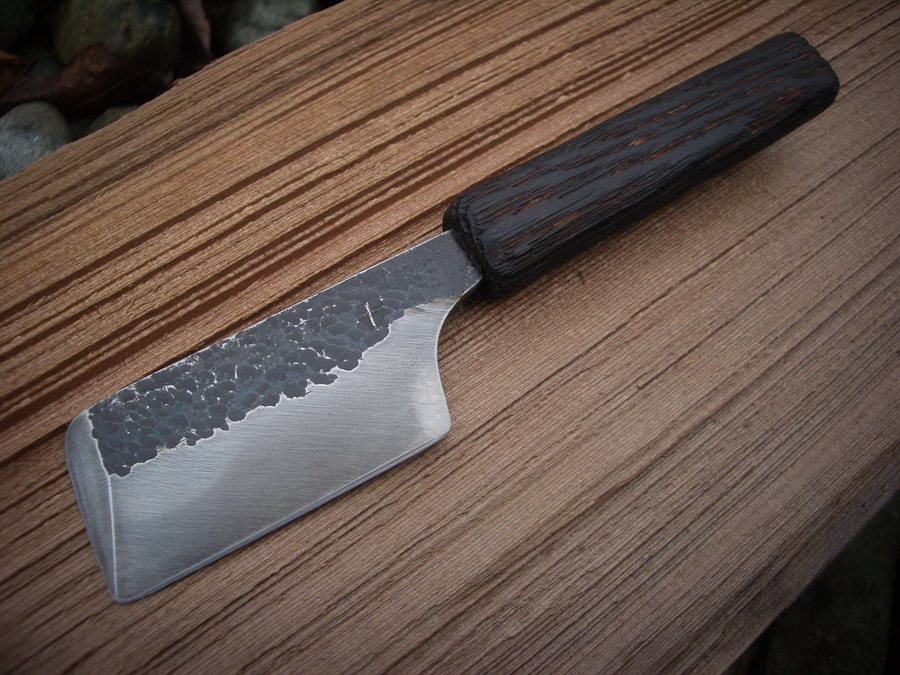 Vancouver Island Blacksmith: Hand forged reclaimed knives