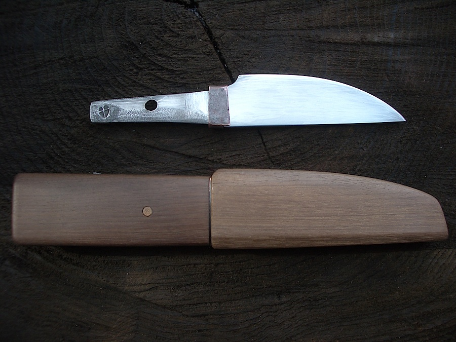 Island Blacksmith: Hand forged knives