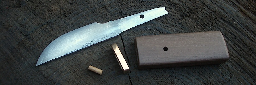 Island Blacksmith: Hand forged custom knives.