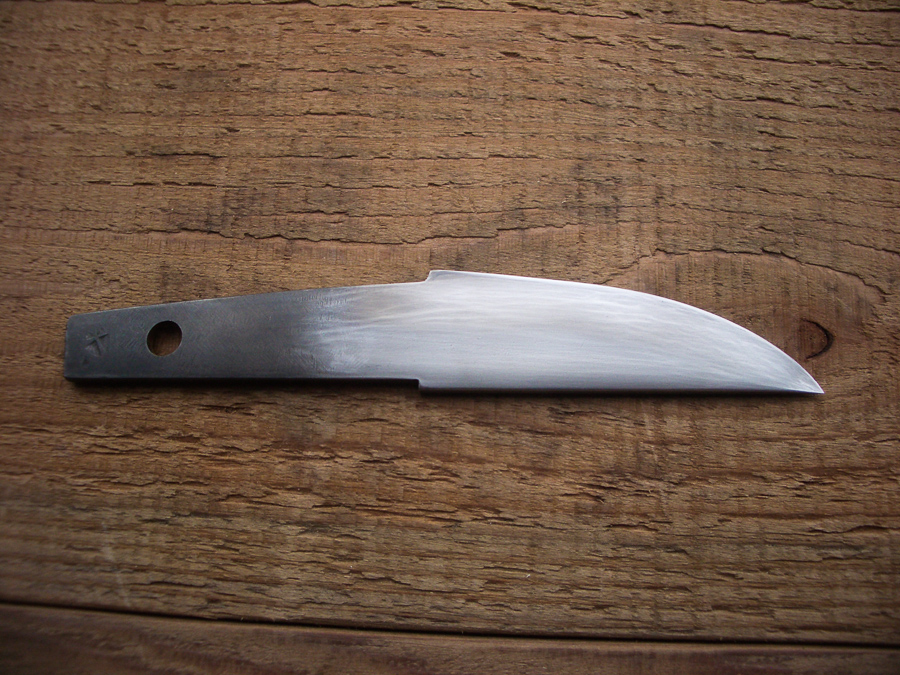 Vancouver Island BC bladesmith knifemaker