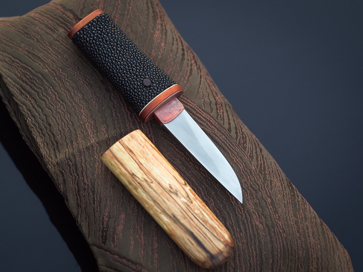 Island Blacksmith: Hand forged tanto made from reclaimed and natural materials