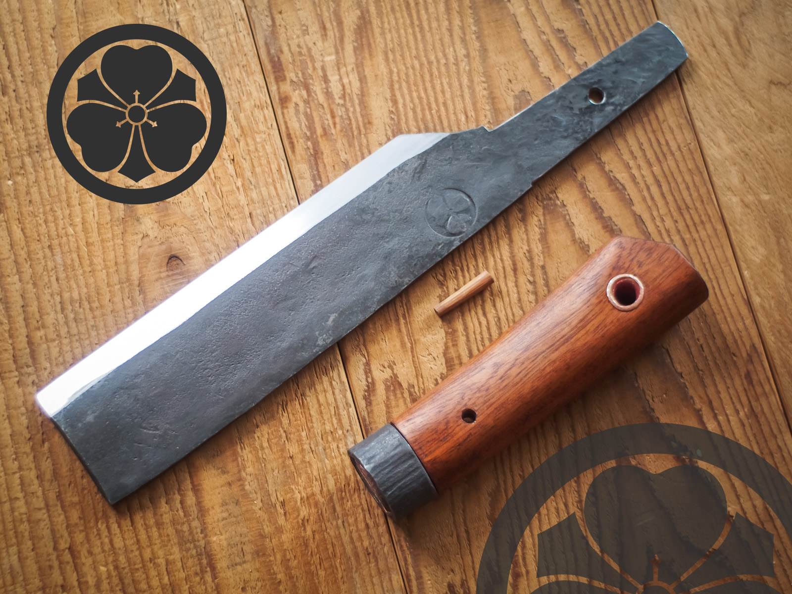 Island Blacksmith: Charcoal forged knives made from reclaimed and natural materials using traditional techniques
