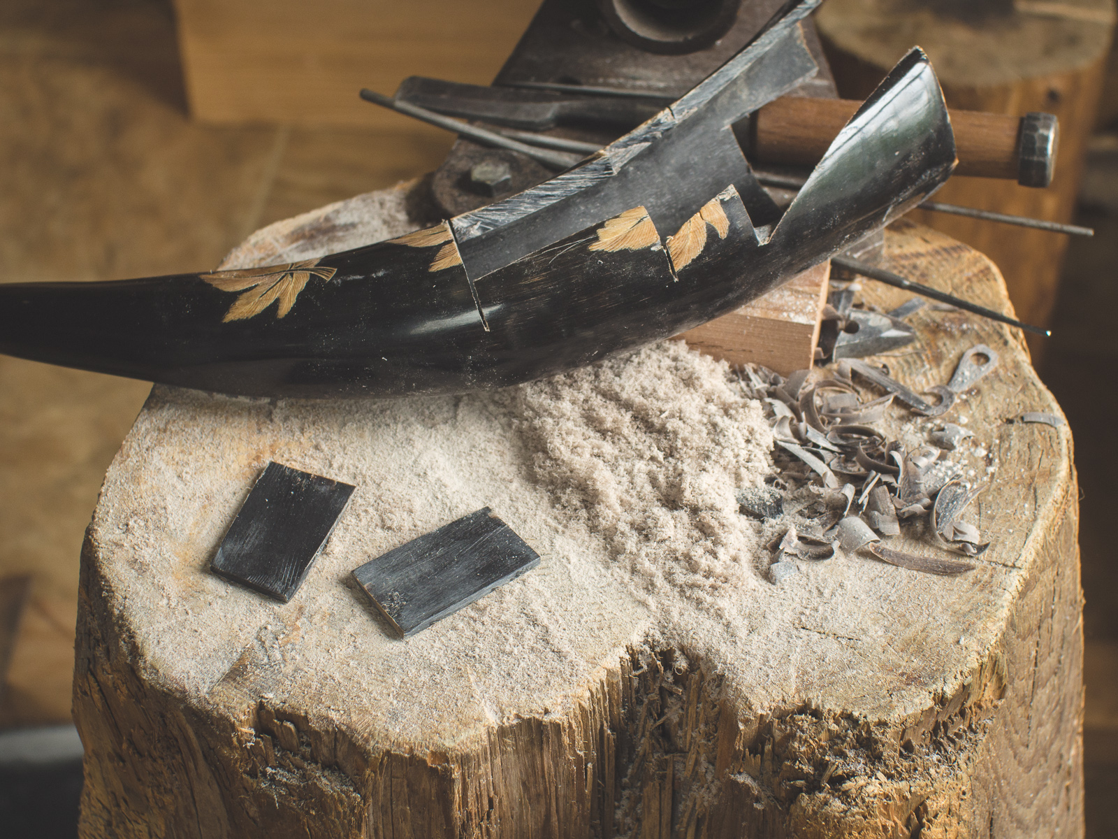 Island Blacksmith: Hand crafted tanto made from reclaimed and natural materials using traditional techniques
