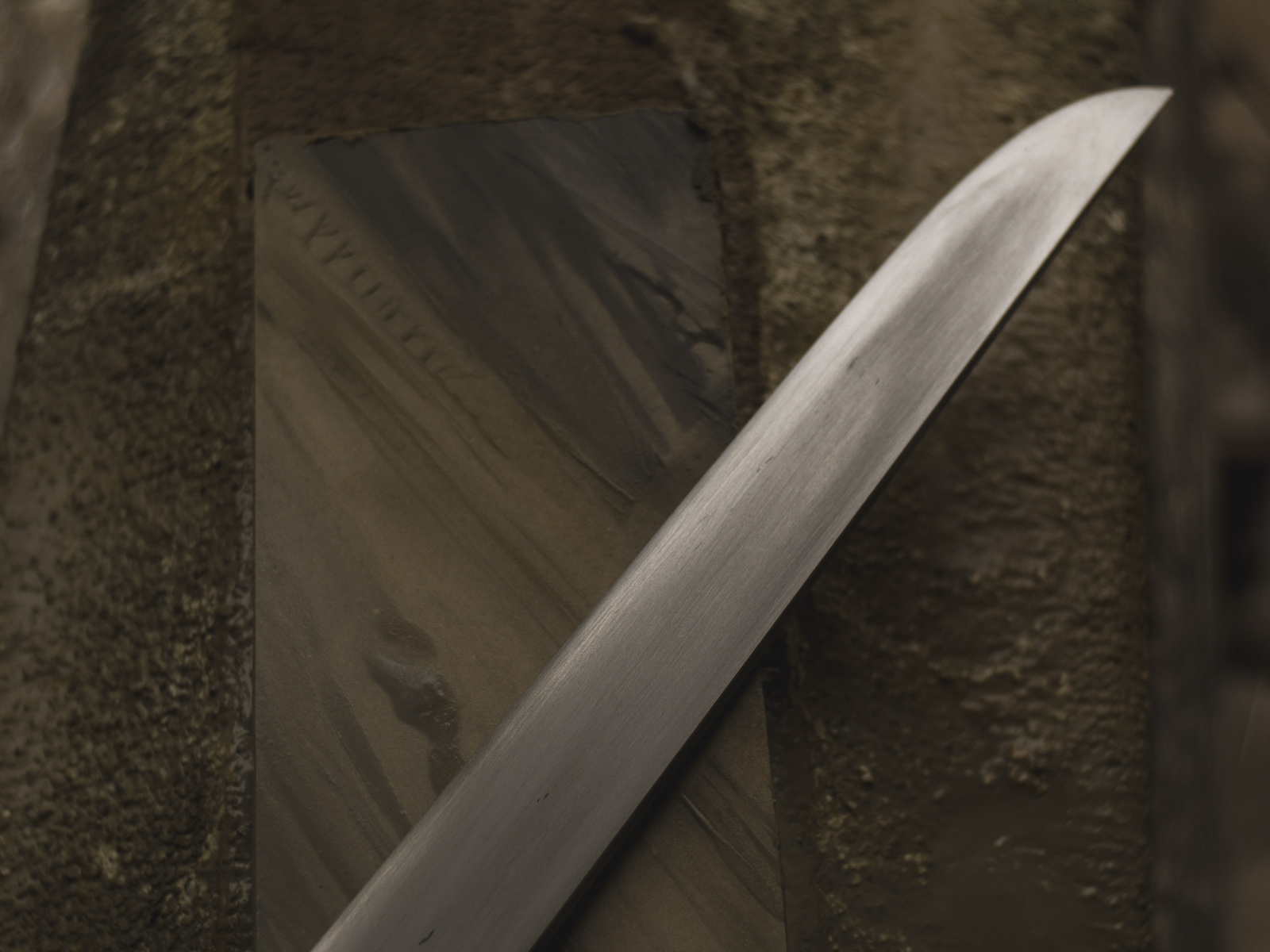 Island Blacksmith: Hand forged yoroidoshi tanto, made from reclaimed and natural materials using traditional techniques