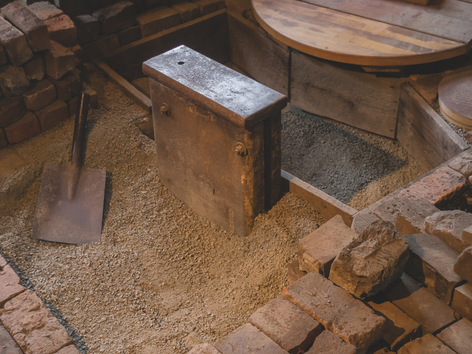 Island Blacksmith: Traditional Japanese style bladesmith anvil.